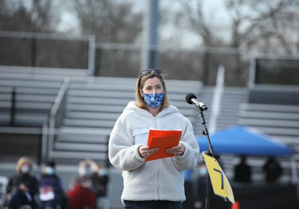 Resident Suzanne Garland speaks at the Special Town Meeting (photo by Joshua Ross)